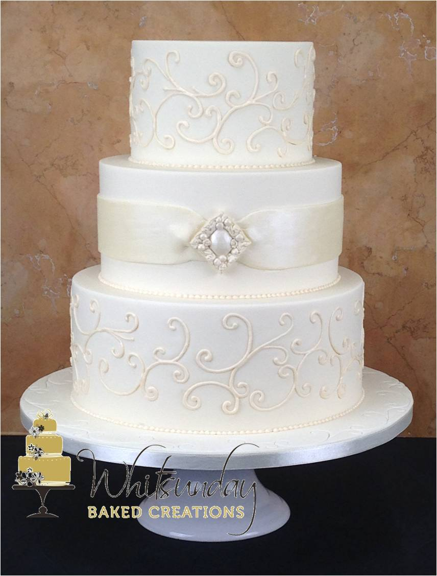 wedding cake that looks like bride whitsunday baked creations 26248